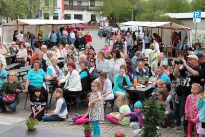 Foto zur Meldung: 2. Frühlingsfest am Bahnhof Brück - ein voller Erfolg