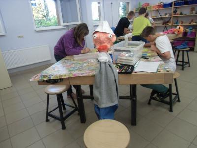 Foto zur Meldung: Vom Fischer und seiner Frau – Stabpuppenspiel der Elbtalgrundschule auf der Buga in Havelberg