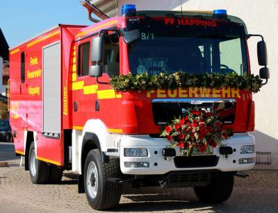 Foto zur Meldung: Fahrzeugweihe des GW-L 2