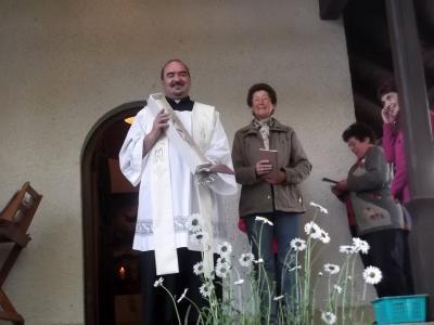 Foto zur Meldung: Letzte Maiandacht in der Dorfkapelle zum Hl. Wendelin