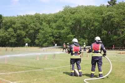 Foto zur Meldung: Amtsausscheid 2015 – Mannschaft und Material trotzen der Hitze von über 30 Grad