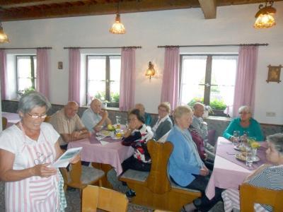 Foto zur Meldung: Gemütlicher Seniorennachmittag im Pfarrheim