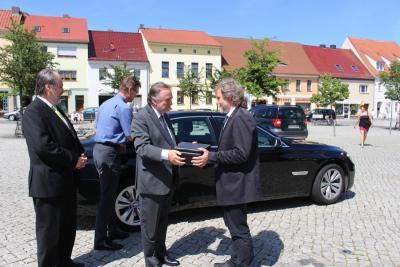 Foto zur Meldung: Chilenischer Botschafter in Calau zu Gast