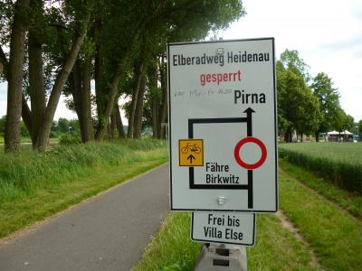Foto zur Meldung: Jede Kommune wäre über einen Zugang zum Elberadweg - Deutschlands beliebtestem Radfernweg – glücklich. Fast jede.