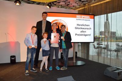Foto zu Meldung: Auszeichnung vom Spiegel-Verlag für die Reporterkids