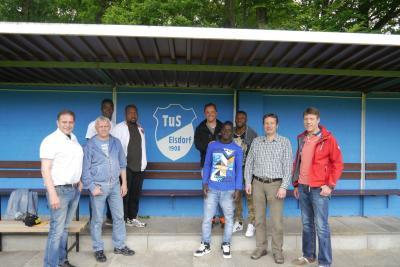 Foto zur Meldung: TuS integriert erfolgreich Flüchtlinge der Elfenbeinküste