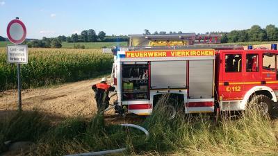 Foto zu Meldung: Brand Stoppelfeld