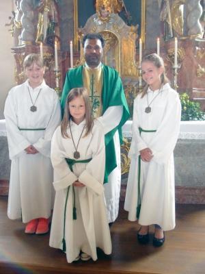 Foto zur Meldung: Kapuzinerpater Arul (OFMCap.) vertritt in der Pfarreiengemeinschaft  Pfarrer Josef Drexler im Monat August 2015