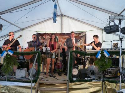 Foto zu Meldung: 900 Jahre Prackenbach – ein gelungenes Jubiläumsfest – das Bürgerfest im Kleinen