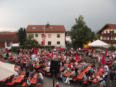Foto zur Meldung: Happinger Dorffest 2015