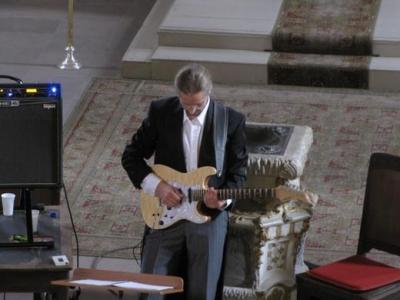 Foto zur Meldung: Orgelvesper mit Musik für E-Gitarre & Orgel