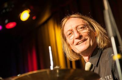Schlagzeuger Yogo Pausch