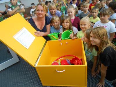 Foto zur Meldung: Förderverein überraschte zum Schulstart