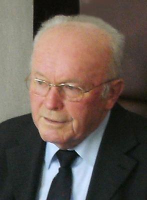 Foto zur Meldung: Der ehemalige Schulleiter Alois Vogl starb mit 81 Jahren