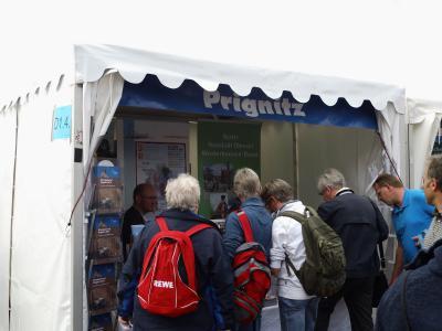 Foto zu Meldung: Tourismusverein beim Hafengeburtstag in Hamburg