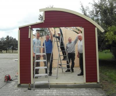 Foto zu Meldung: Neue Spielehütte für den Pausenhof