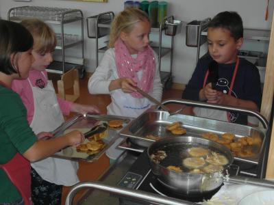 Foto zu Meldung: Kochkurs mit Frau Graser
