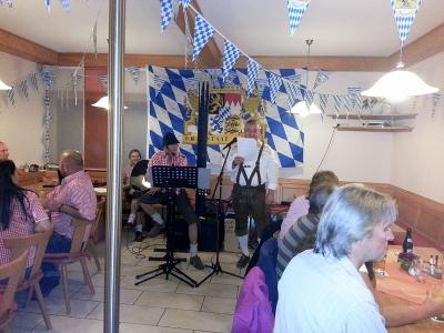 """Foto zu Meldung: Das Oktoberfest beim Dorfverein war """"Spitze"""""""