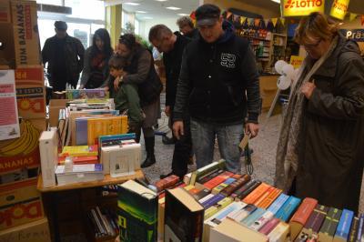 Foto zu Meldung: Bücherflohmarkt im Ecenter war erfolgreich