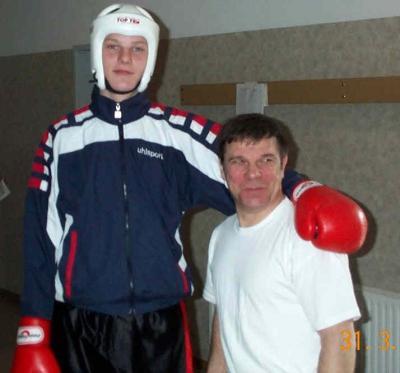 Foto zu Meldung: Medaille bei Deutscher Jugendmeisterschaft für Nieskyer Boxer