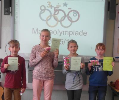 Foto zur Meldung: Auswertung Matheolympiade