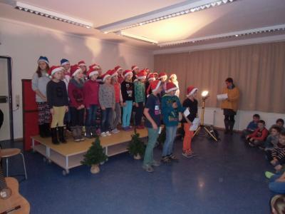 Foto zur Meldung: Ein weihnachtlicher Tag in der Elbtalgrundschule