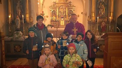 Foto zur Meldung: 1. Adventsonntag in der Pfarrei Prackenbach-Krailing