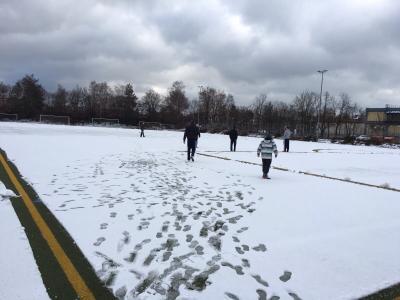Foto zu Meldung: Schiedsrichter pfeift Spiel nicht an