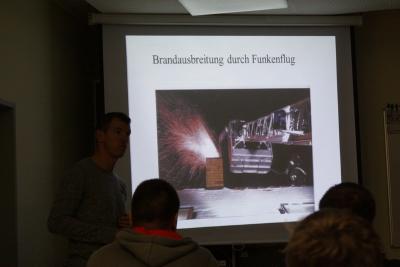 Vorschaubild zur Meldung: Unterricht Kaminbrände