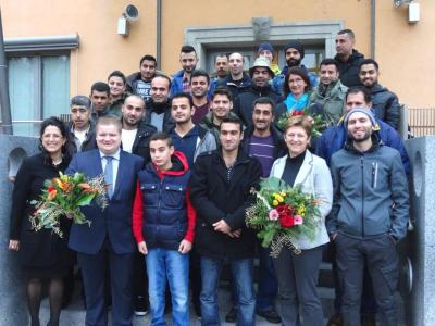Foto zur Meldung: Asylbewerber zu Gast im Rathaus Teublitz