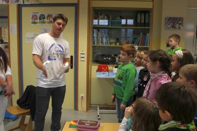 Foto zur Meldung: Der Zahnarzt war zu Gast in der Grundschule