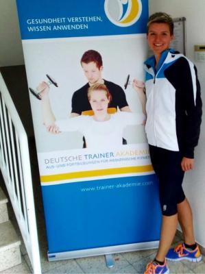 Vorschaubild zur Meldung: Eva Hellebrandt absolviert Ausbildung zum   Fitness- und Gesundheitstrainer
