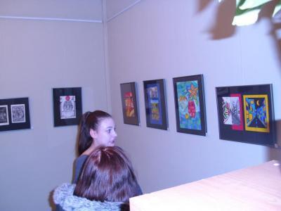 """Foto zur Meldung: Vernissage der 11. Klassen der Schule Neustadt im Alten Laden """"Schülerkunst"""""""