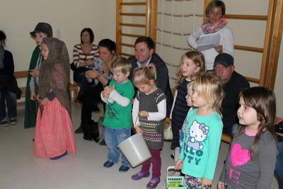 Foto zur Meldung: Weihnachtsfeier im KG St. Georg