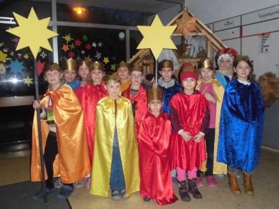 Foto zur Meldung: Sternsingersegen für unsere Schule