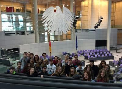 Foto zur Meldung: Politische Bildung zum Anfassen!