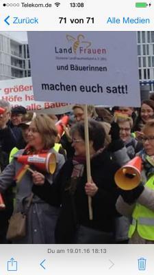 """Vorschaubild zur Meldung: Der Infokreis fährt zur """"Grünen Woche""""  nach Berlin"""