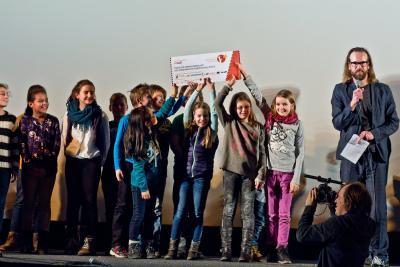 Foto zur Meldung: 1. Platz  beim Kinderrechte Filmfestival - Erwachsenen Jury