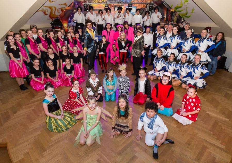 Gunthersdorfer Carnevalsclub Blau Weiss E V Karneval In