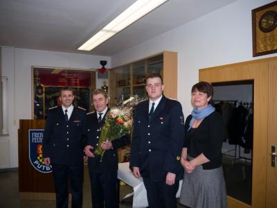 Foto zu Meldung: Übernahme in die Ehrenabteilung