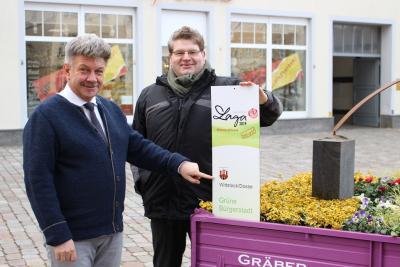 Foto zur Meldung: Mobiles Mustergrab auf dem Wittstocker Marktplatz