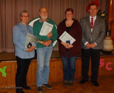 Foto zur Meldung: JHV - Paul Werner ist Ehrenmitglied