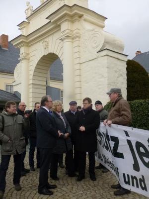 Foto zu Meldung: Ministerpräsident Reiner Haselhoff besuchte die Stadt Seeland