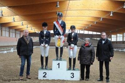 Foto zur Meldung: Hallenchampionat der Dressurreiter in Tremsdorf - gute Ergebnisse für unsere Ponydressurreiterinnen