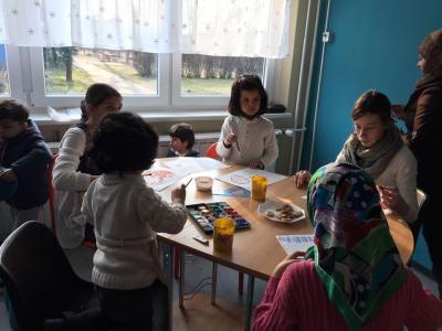 Foto zur Meldung: Ein erlebnisreicher Tag – Schüler der 6l verbringen einen Nachmittag mit Flüchtlingen im KiJu