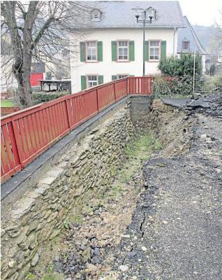 Foto zur Meldung: Ortsgemeinde: Zuschuss für Stützmauer und Gelände bewilligt