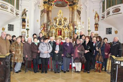 Foto zur Meldung: Die Senioren im Wallfahrtsort Neukirchen b.Hl. Blut