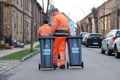 Foto zu Meldung: Pilotversuch im Raum Schipkau und Großräschen: AEV bietet Bürgern ab April die Biotonne zum Testen an