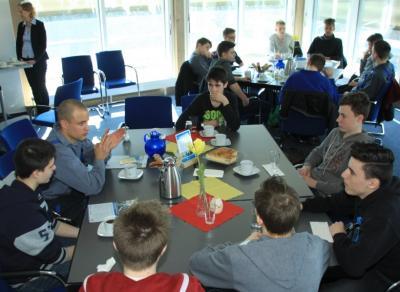 Foto zur Meldung: Kooperation mit dem azv Südholstein besiegelt