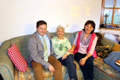 Foto zu Meldung: Zum 90. Geburtstag von Emma Hauptmann